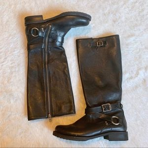 Frye Veronica 8B Black Leather Belted Riding Boots